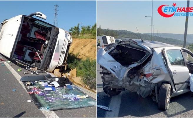 Ümraniye'de trafik kazası: 1 ölü, 8 yaralı