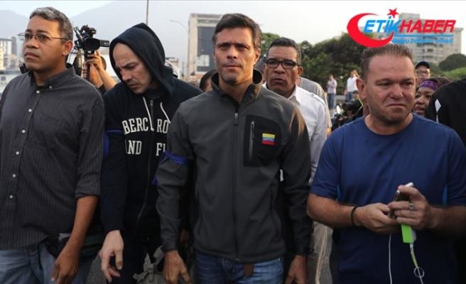 Venezuela'da muhalif lider Lopez İspanya Büyükelçiliğine sığındı