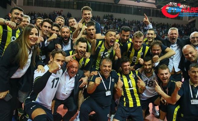 Voleybol Efeler Ligi'nde Fenerbahçe şampiyonu oldu
