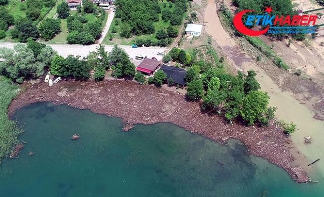 Afetin bilançosu ortaya çıktı! Sapanca Gölü bu hale geldi