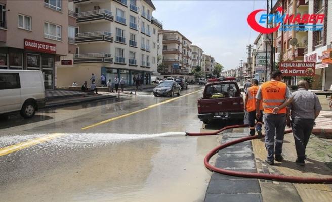 Başkentte selin izleri siliniyor