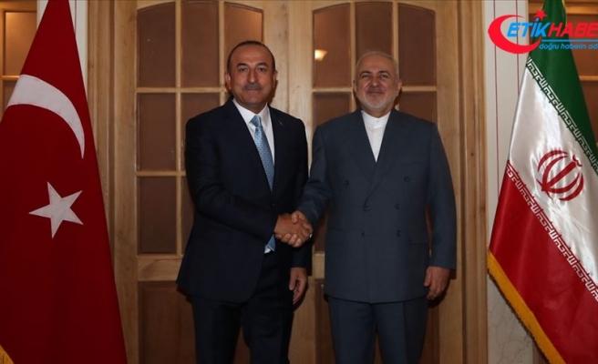 Çavuşoğlu İranlı mevkidaşı Zarif ile bir araya geldi