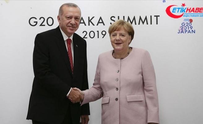 Cumhurbaşkanı Erdoğan Almanya Başbakanı Merkel'i kabul etti