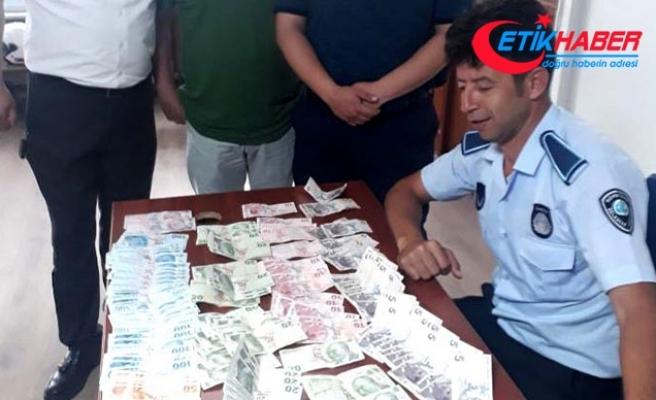 Eskişehir'de dilencinin üzerinden 6 bin 845 lira çıktı