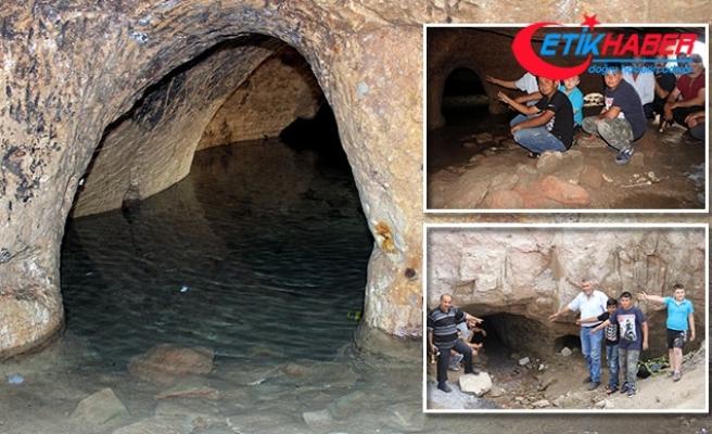 Evleri su basınca ortaya çıktı! Sadece bir tünel sandılar ama...