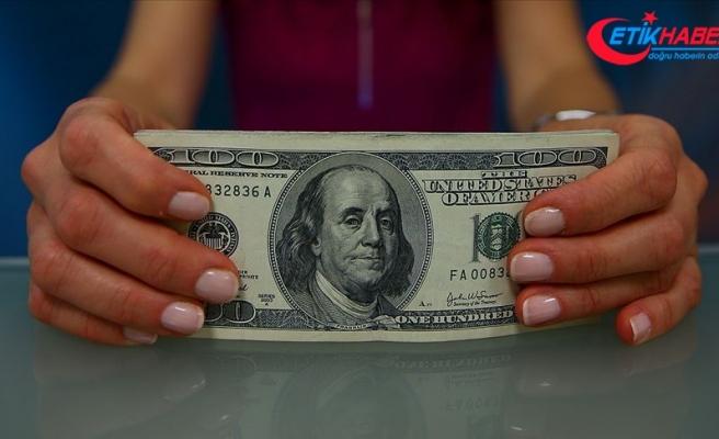 Dolar 5,7390 liradan, avro 6,5340 liradan haftaya başladı