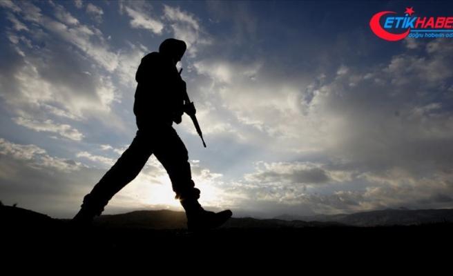 Niğde'de dağcıyı kurtarma çalışmalarında bir asker şehit oldu