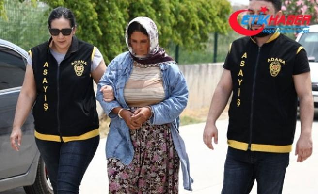 Pazarda hırsızlık yapan 9 çocuk annesi yakalandı