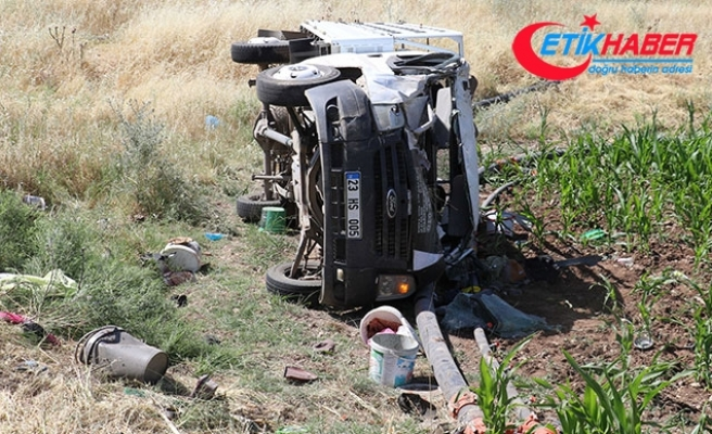 Tarım işçilerini taşıyan kamyonet devrildi: 5'i ağır 35 yaralı