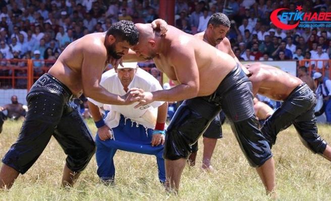 658. Tarihi Kırkpınar Yağlı Güreşleri'nde 1. tur müsabakaları yapıldı