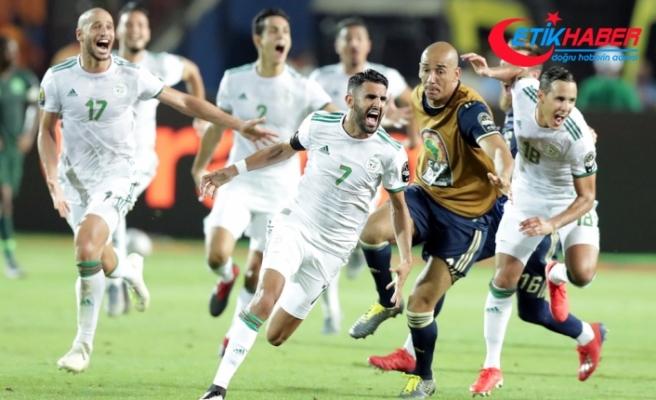 Afrika Uluslar Kupası'nda final heyecanı: Senegal - Cezayir