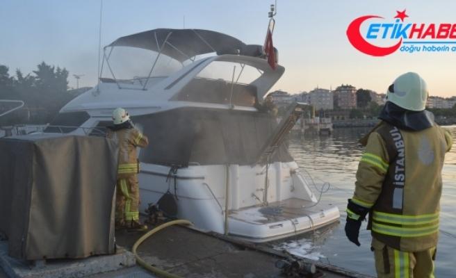 Ataköy Marina'da yangın
