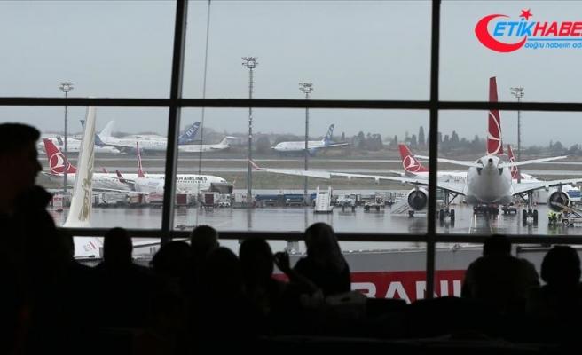 Hava yoluyla 6 ayda 95 milyon yolcu taşındı