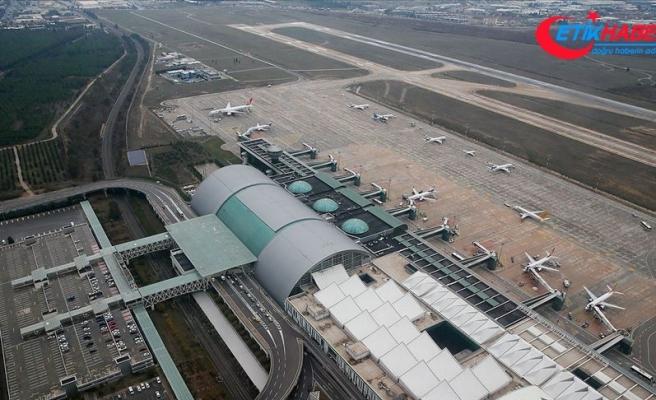 Havalimanlarındaki atıl uçaklar yeni sahiplerini bekliyor
