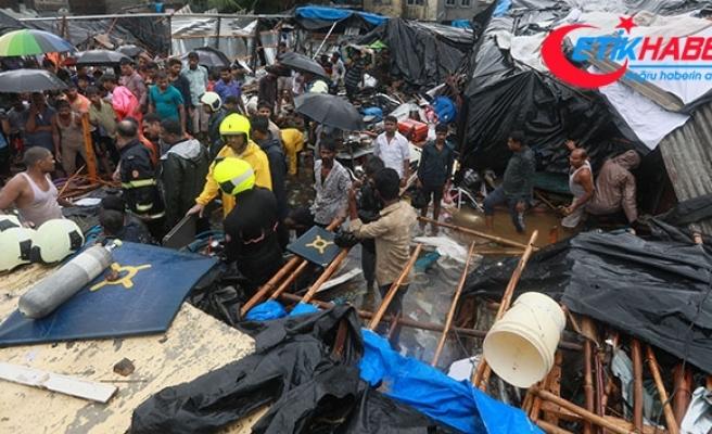 Hindistan'da yağışlarda ölenlerin sayısı 30'ü yükseldi