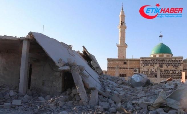 İdlib'de hava saldırısı nedeniyle cuma namazı kılınamadı