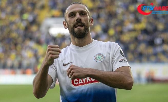 Kosovalı forvet Fenerbahçe yolunda