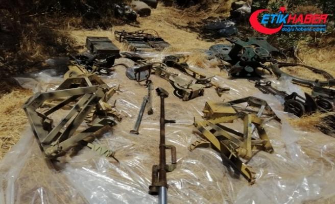 Pençe-2 Harekâtı'nda doçka silahı ile mühimmatlar ele geçirildi