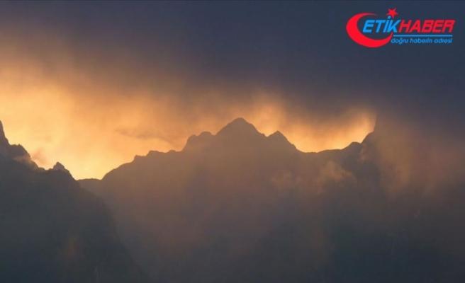 Peru'daki Ubinas Yanardağı'nda hareketlilik