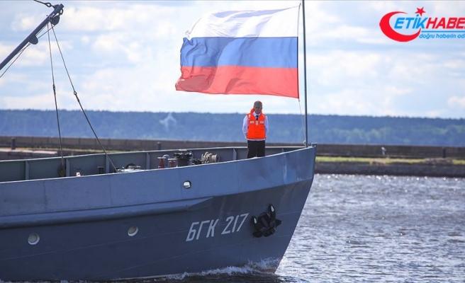 Rus su altı araştırma gemisindeki yangınla ilgili bilgiler devlet sırrı
