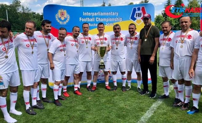 TBMM Futbol Takımı şampiyon oldu