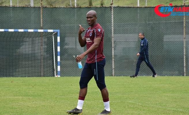 Trabzonspor Nwakaeme'nin sözleşmesini uzattı