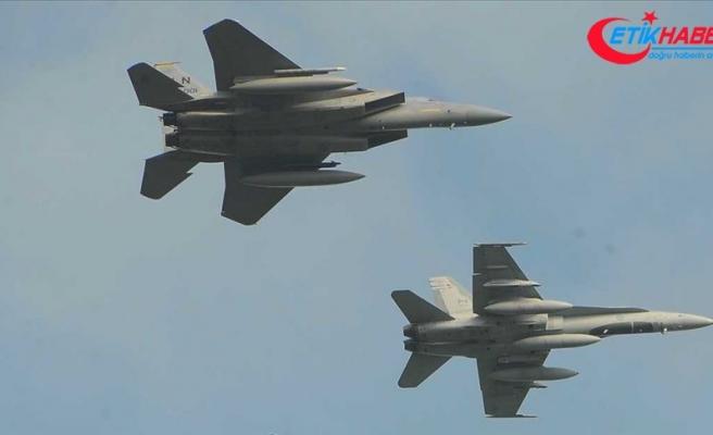 Afganistan'da NATO uçakları yanlışlıkla sivilleri hedef aldı