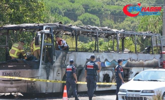 Balıkesir'de yolcu otobüsündeki yangınla ilgili 2 tutuklama