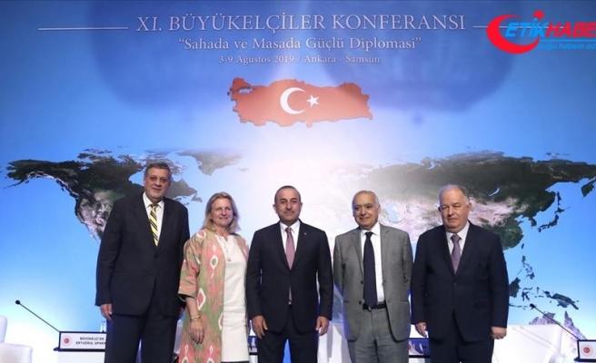 Çavuşoğlu 'Kriz Yönetimi ve Çatışmaların Çözümü' paneline katıldı