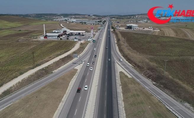 İstanbul-İzmir Otobanı'ndan rekor sayıda araç geçti