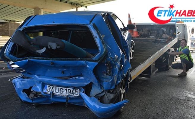 İstanbul Sefaköy'de kaza, 3 yaralı var