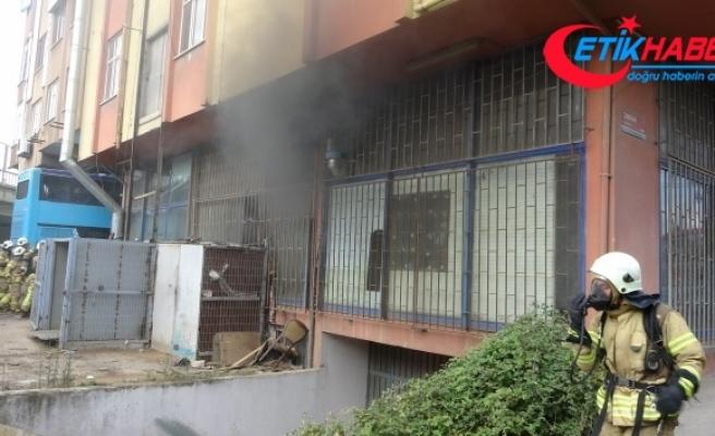 Pendik'te atölyede yangın: 1 yaralı