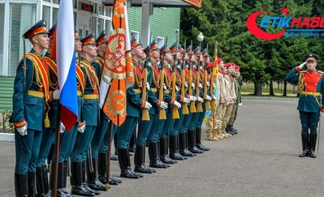 Rusya'da protesto gösterilerine katılan 134 kişi askere alındı