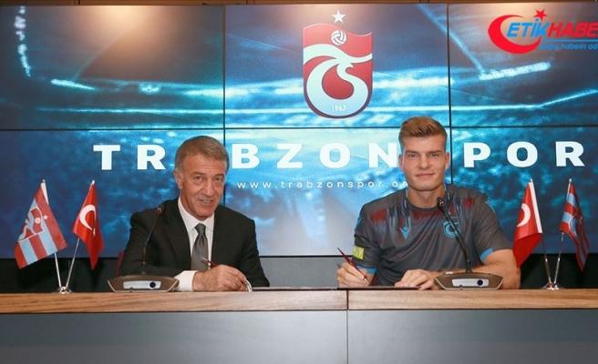 Trabzonspor'da Alexander Sörloth sözleşme imzaladı