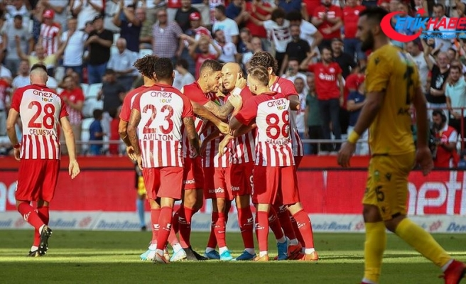 Antalyaspor'dan farklı galibiyet