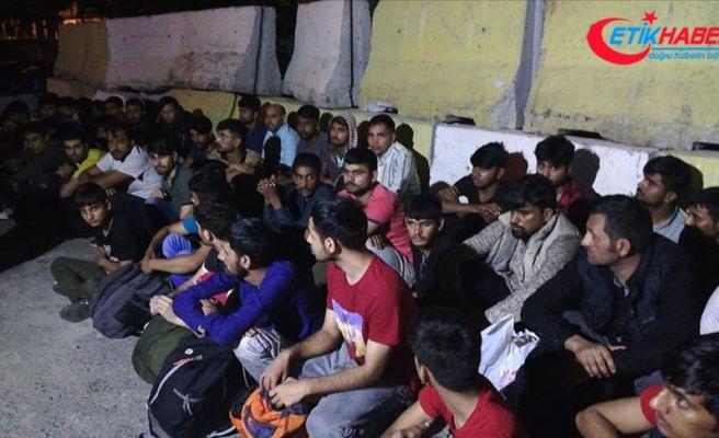 Edirne ve Tekirdağ'da bin 119 düzensiz göçmen yakalandı