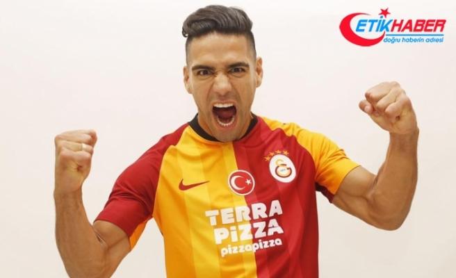 """""""İlk duyduğumdan beri Galatasaray'ın teklifine pozitiftim"""""""