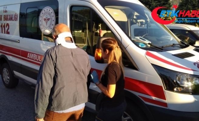 Kocaeli'de halk otobüsü kazaya karıştı: 3 yaralı