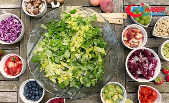 Sadece sebze yemek inme riskini artırıyor