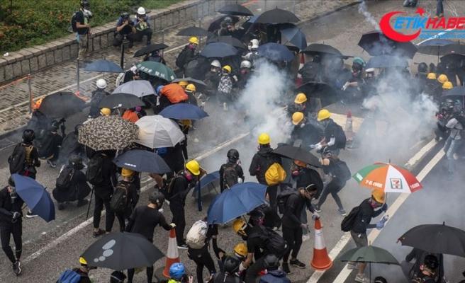 AB'den Hong Kong protestolarına ilişkin 'itidal' çağrısı