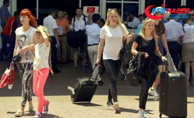Antalya 9 aylık dönemde 12 milyon turisti ağırlayarak rekor kırdı