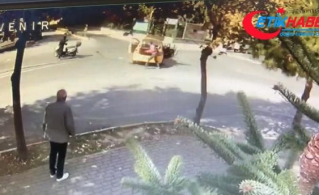 Beylikdüzü'nde taksici ile motosikletlinin tekme, tokat ve sopalı kavgası!