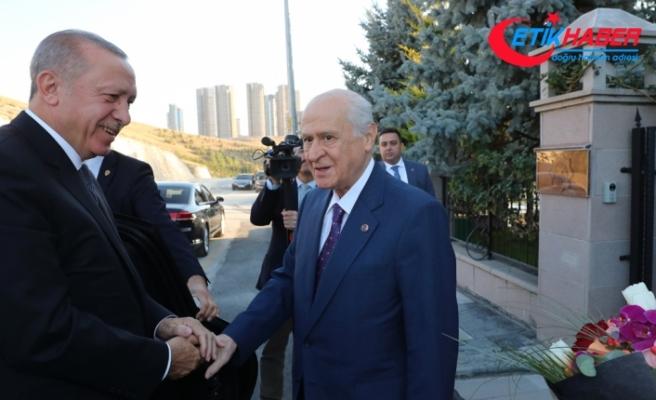Cumhurbaşkanı Erdoğan'dan MHP Lideri Bahçeli'ye ziyaret