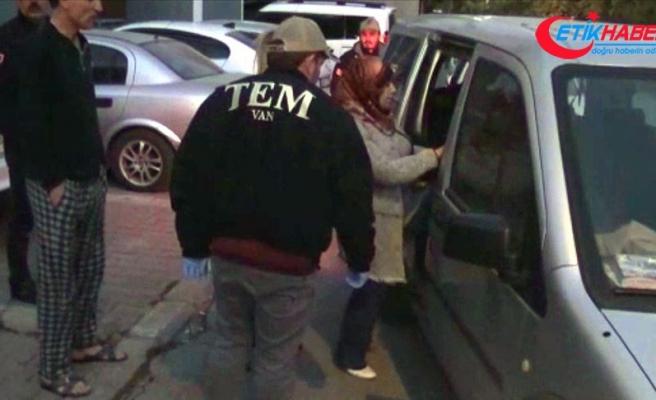 Erciş ve Nusaybin'de HDP'li belediye başkanları gözaltına alındı