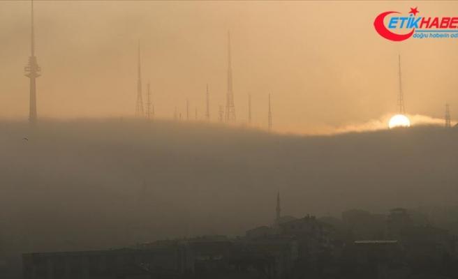 İstanbul Boğazı'nda sis