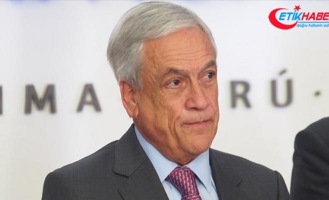 Şili Devlet Başkanı halkın ekonomik sorunlarını anlamadığı için özür diledi