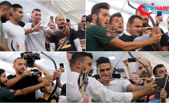 Süper Lig'in yıldızları Etnospor'da ok attı
