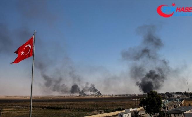 Tel Abyad'daki terör hedefleri obüs atışlarıyla vuruluyor
