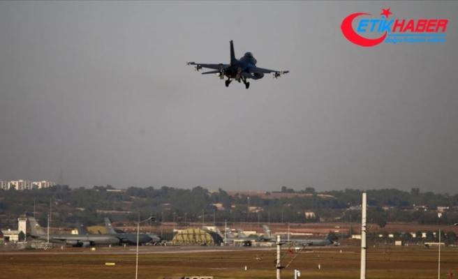 Türk savaş uçakları 30 kilometre derinliğe girdi