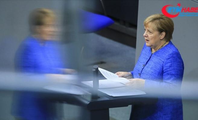 Almanya Başbakanı Merkel: Türkiye'nin NATO üyesi kalması lazım